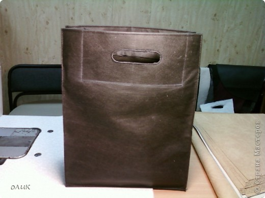 Поверьте, очень удобная сумка, для похода в магазин за продуктами, на дачу, когда нужно много увезти, а полиэтиленовые пакеты рвутся и очень давят руки ручками. фото 1