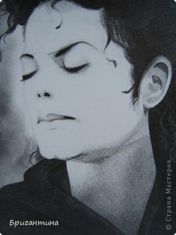 Рисунок моей сестры. Майкл Джексон. фото 2