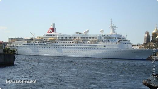 В этом фоторепортаже я решила разместить самые удачные фото речного и морского транспорта. фото 15