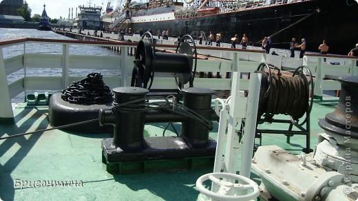 В этом фоторепортаже я решила разместить самые удачные фото речного и морского транспорта. фото 13