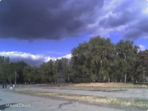 Конец сентября - о наступлении осени видно только по цвету неба. Может наша осень синяя? фото 6