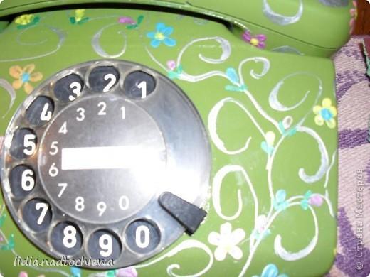 Расписала контурами очень старый телефон.  фото 4