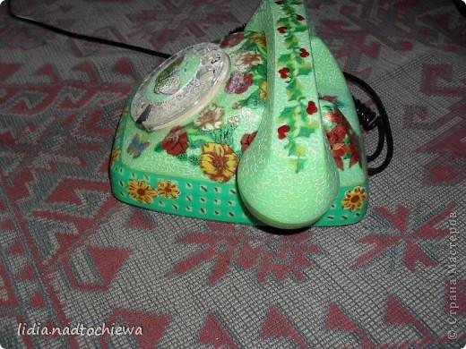 Это тоже старенький телефон, ещё советских времён. фото 3