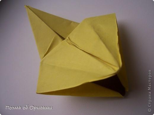 Подсолнухи как символ солнца и одновременно прощание с окончательно ушедшим от нас в этом году теплым летом. Этот чудесный оригами подсолнух придумала Нилва Пиллан (Италия). фото 17