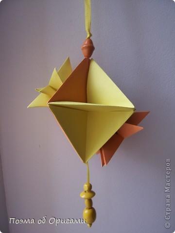 Астры цветут с конца июля до поздней осени. Благодаря подвеске и технике оригами они будут радовать ваш глаз круглый год. фото 27