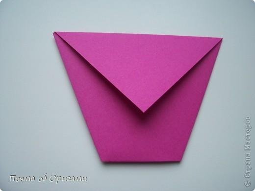 Подсолнухи как символ солнца и одновременно прощание с окончательно ушедшим от нас в этом году теплым летом. Этот чудесный оригами подсолнух придумала Нилва Пиллан (Италия). фото 28