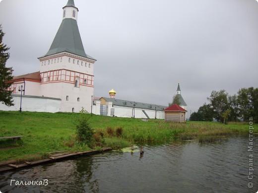 Стены монастыря фото 9