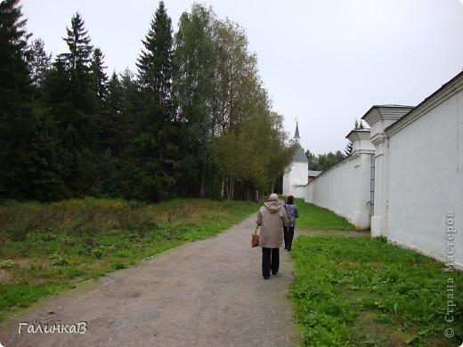 Стены монастыря фото 16