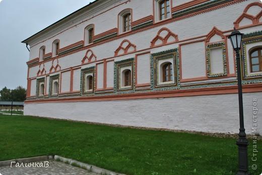 Стены монастыря фото 7