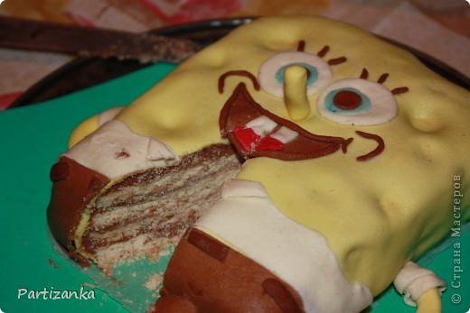 "Торт ""Спанч Боб"" (внутри медовик) фото 2"