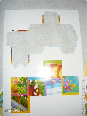 """У меня маленькая дочка. Решила ее порадовать """"новыми"""" кубиками. Собрала старые облезлые кубики, вымыла их и решила обклеить картинками.  фото 3"""