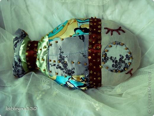 малька) около 20 см в длину текстиль, бабушкины кружева)))) бисер, наполнение ватин пока еще без хозяина(( фото 2
