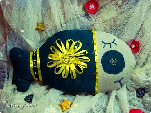 малька) около 20 см в длину текстиль, бабушкины кружева)))) бисер, наполнение ватин пока еще без хозяина(( фото 6