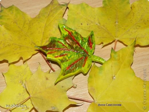 Кленовый лист (брошь) фото 2