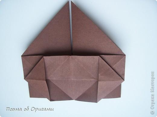 Модель бычка совмещает в себе две отдельные фигурки. Модель основы, которая была использована для туловища, считается одной из самых древней, из дошедших до наших дней. Это коробочка «Санбо». А вот голова быка, современная модель, которую придумал Таико Наива из Японии.  фото 11
