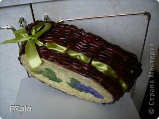 Очередная корзинка в подарок.Красила морилкой мокко и лак лиственница,декупаж покрыт аквалаком безцветным. фото 4