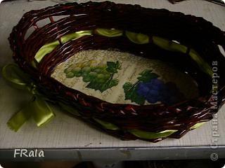 Очередная корзинка в подарок.Красила морилкой мокко и лак лиственница,декупаж покрыт аквалаком безцветным. фото 2