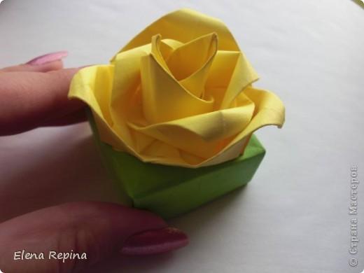 коробочка-масу с розой для упаковки украшений фото 1