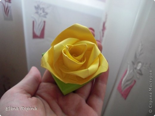 коробочка-масу с розой для упаковки украшений фото 2