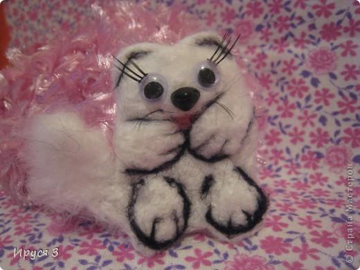 Песец Снежинка (игрушку сваляла моя 8-летняя дочь Марина ) фото 2