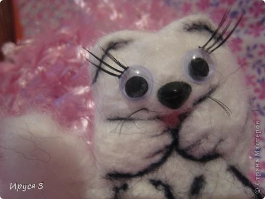 Песец Снежинка (игрушку сваляла моя 8-летняя дочь Марина ) фото 1