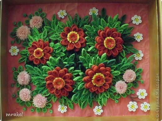 На эту работу вдохновила Лора 34, попыталась изобразить её цветочные композиции. Надеюсь, она не обидится. Ведь тут все пробуют по образцу. Лора 34, спасибо Вам, за Ваши прекрасные работы ! фото 1