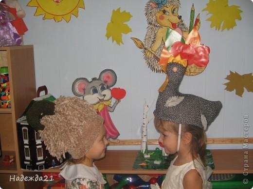 Сценические шляпки курочки Ряба и барашка. фото 6