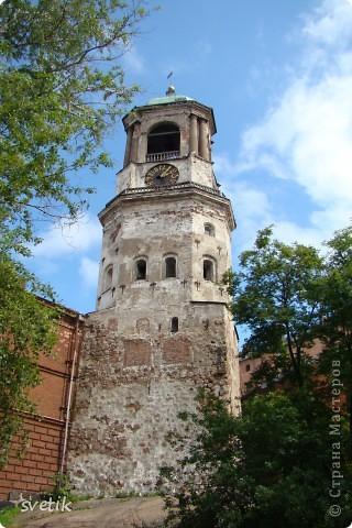 О Выборгском замке я рассказывала в первой части http://stranamasterov.ru/node/105386, а теперь хотелось бы показать Вам  город.  Памятник основателю Выборга Торгильсу Кнутссону. фото 12