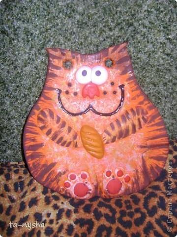 Котик с батоном фото 1