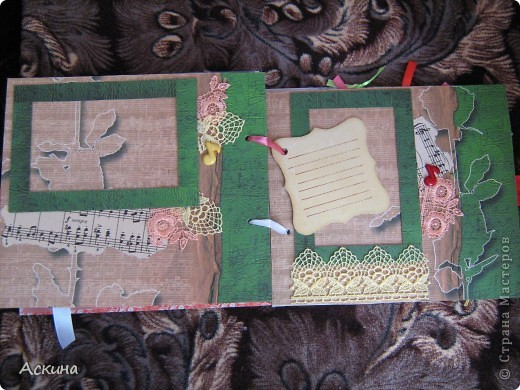Решила на день рождения племянницы сделать фотоальбом. Уже подарила,она со своей мамой были в восторге))) Чтобы альбомчик не помялся,сделала к нему коробку. Размер альбома 17,5 на 20, 7 разворотов, 8 листов,основа картон. фото 21