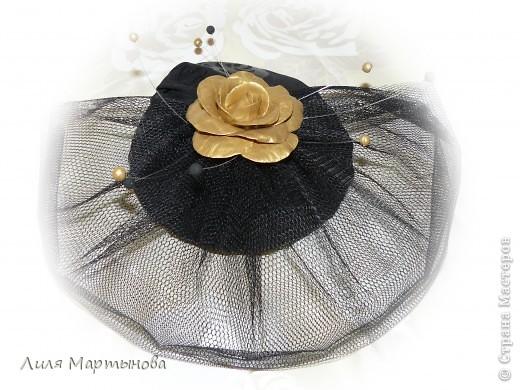 """Декоративная дамская шляпка с вуалью """"Вечная классика"""" фото 1"""
