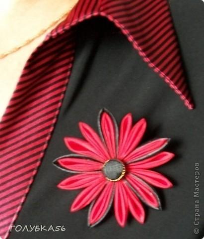 Дизайн одежды. Брошь-канзаши. фото 1
