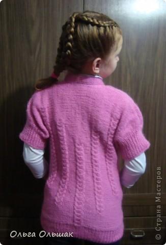 Между квиллингом и насыпушками навязала девочкам немного тёплых обновок к зиме.Это для Насти кофточка с карманами. фото 2