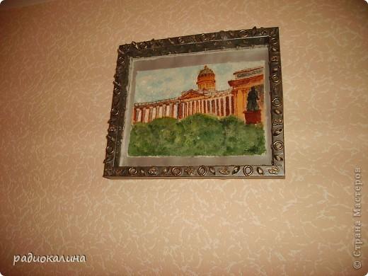 Вспоминая Санкт-Петербург, захотелось оставить на память о прогулках  небольшую картину. Нарисована она с фотографии на манке и оформлена в коробку из-под конфет. фото 2