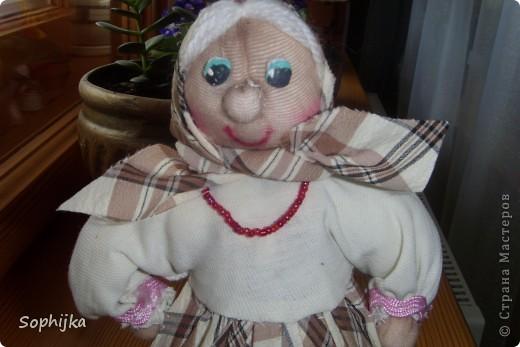 Вот такую куклу я сшила по МК Ликмы (ссылка внизу). Такую стройную, высокую, хозяйственную, добрую бабушку. Посмотрим поближе? фото 3