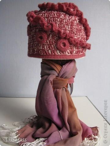 А вот здесь вы угадали - пойдем в баню.....КРАСИВЫМИ. Банные шапочки я вязала для своих подружек, теперь никто никого не путает, если что, отличаемся по шапочкам. У каждой свой цвет, все знают у кого какой. Итак... по шапочкам... фото 9
