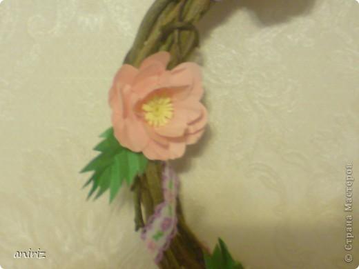 Веночек с цветами шиповника. фото 2
