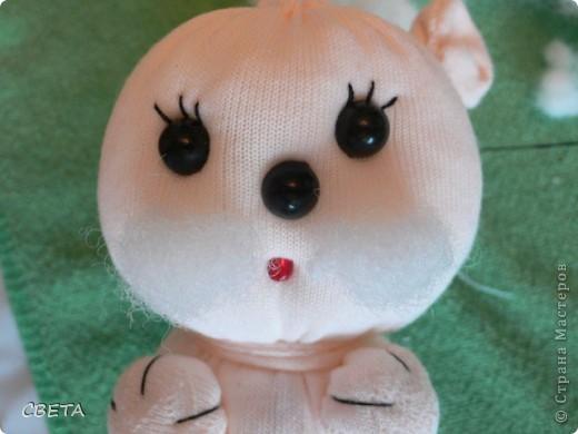 Игрушка Мастер-класс Поздравление 8 марта Валентинов день День рождения Шитьё Букет из игрушек Бусинки Ленты Носки Ткань фото 11