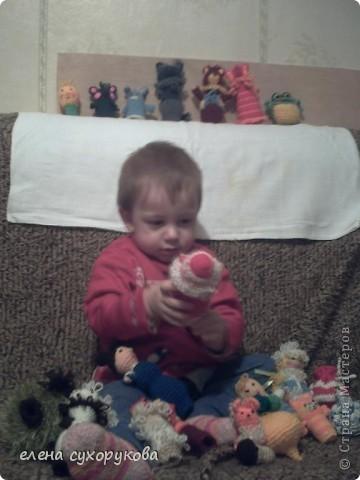 """А это Илюша в игрушечной """"малине"""" фото 1"""