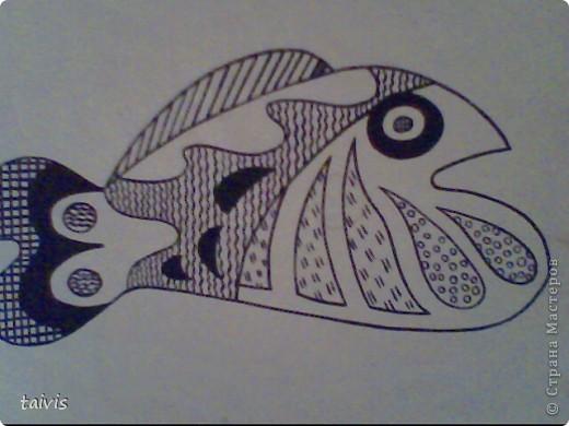 Мы пользуемся при рисовании фломастерами, цветными карандашами, гелевыми ручками. фото 3