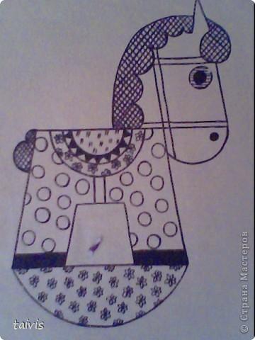 Мы пользуемся при рисовании фломастерами, цветными карандашами, гелевыми ручками. фото 1