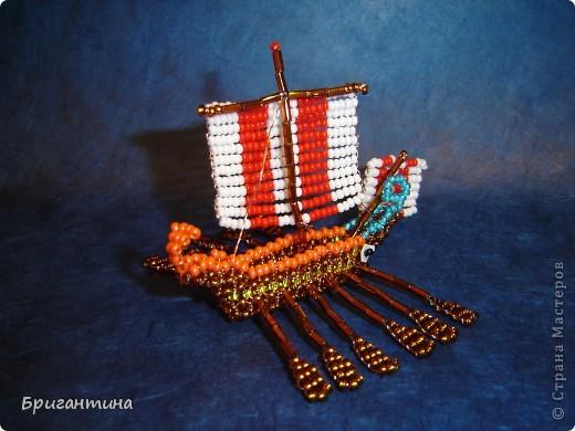 Трирема — класс боевых кораблей, которые использовались античными цивилизациями Средиземноморья, в особенности финикийцами, античными греками и древними римлянами.  фото 15