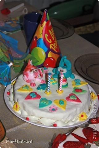 Мой первый мастичный тортик на день рождения сына, с его любимыми мультяшками фото 4