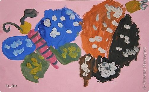 """Вот мы продолжаем наши """"хвастушки"""". Это наши работы сделанные на уроке рисования. Это рыбки на гипсе. Мне они очень нравятся фото 5"""