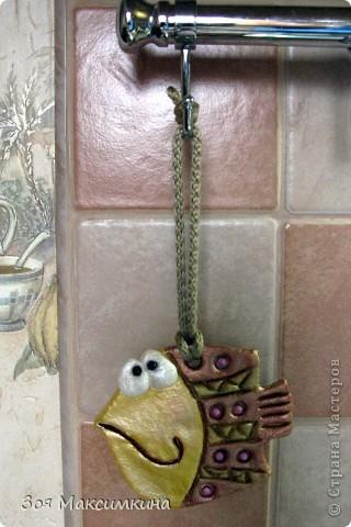 Вот такая рыбка получилась и теперь украшает нашу кухню, спасибо Анастасии (Дватая) за идею и МК... фото 2