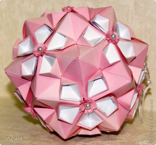 Cherry Blossom Ball от Tomoko Fuse