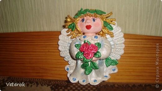 Ангелок с золотыми волосами фото 1