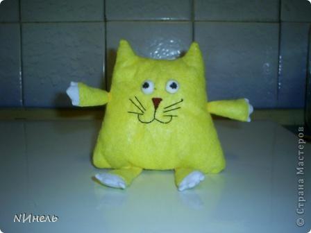 Вот такой кот Лимон родился у меня сегодня под вдохновением, навеянным Тильдами))) Кот должен был быть тоже тильдой, но на тильду не потянул))) фото 1