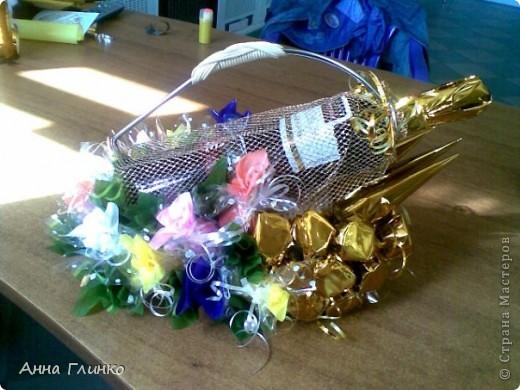 Подставка для вина с конфетками фото 2