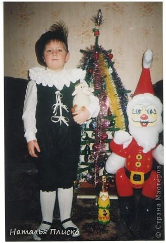 Мой маленький звездочёт - на фото Диме всего восемь месяцев, а скоро уж будет пятнадцать лет...  Раньше такого выбора новогодних костюмов не было, вот и создавали праздник своими руками...  фото 6